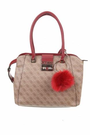 Γυναικεία τσάντα Guess, Χρώμα Καφέ, Δερματίνη, Τιμή 104,00€