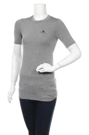 Дамска тениска Domyos, Размер M, Цвят Сив, 72% полиестер, 23% полиамид, 5% еластан, Цена 9,56лв.