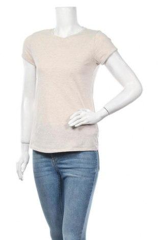 Дамска тениска Fb Sister, Размер S, Цвят Бежов, 99% памук, 1% вискоза, Цена 15,75лв.