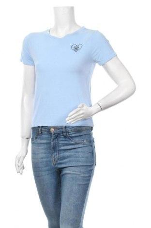 Дамска тениска Forever 21, Размер M, Цвят Син, 95% вискоза, 5% еластан, Цена 12,60лв.