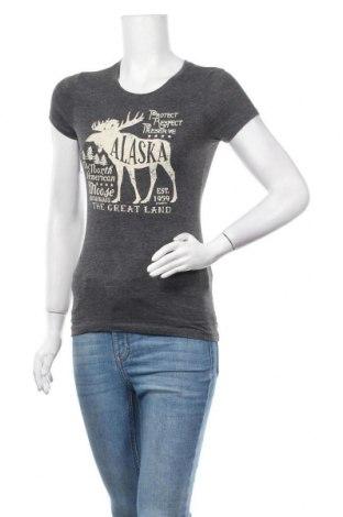 Дамска тениска Next Level Apparel, Размер S, Цвят Сив, 65% полиестер, 35% памук, Цена 15,75лв.
