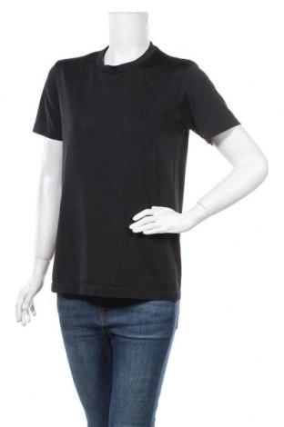 Дамска тениска Uniqlo, Размер M, Цвят Черен, Полиестер, Цена 11,03лв.