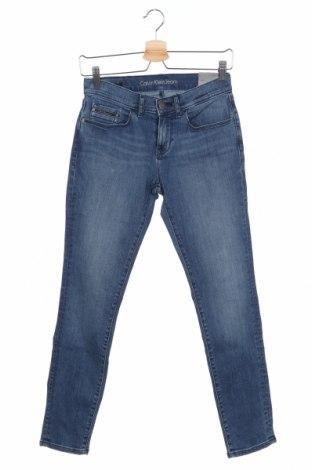 Дамски дънки Calvin Klein Jeans, Размер S, Цвят Син, 87% памук, 12% полиестер, 1% еластан, Цена 114,92лв.