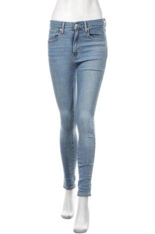 Дамски дънки Levi's, Размер S, Цвят Син, 97% памук, 3% еластан, Цена 96,36лв.
