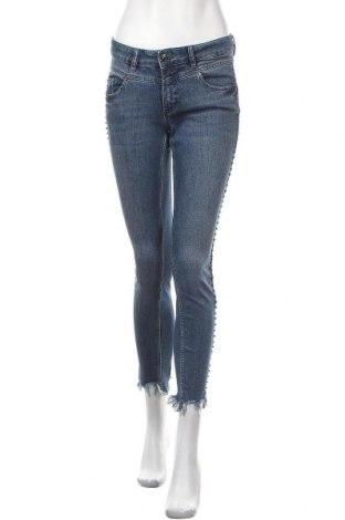 Дамски дънки Oui, Размер M, Цвят Син, 92% памук, 6% полиестер, 2% еластан, Цена 101,32лв.