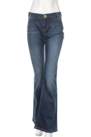 Дамски дънки Pinko, Размер L, Цвят Син, 93% памук, 5% полиестер, 2% еластан, Цена 108,12лв.