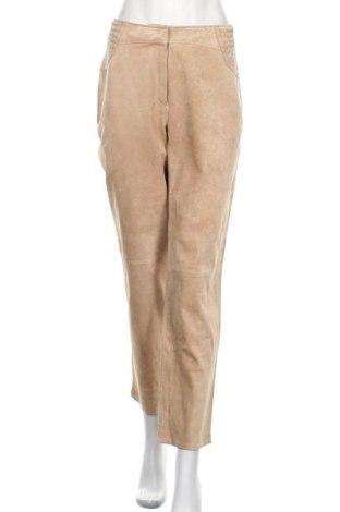 Дамски кожен панталон Betty Barclay, Размер M, Цвят Бежов, Естествена кожа, Цена 107,10лв.