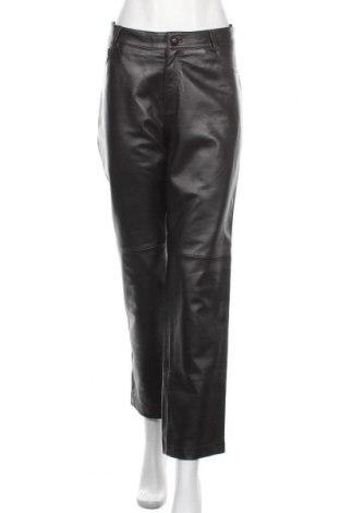 Дамски кожен панталон Betty Barclay, Размер XL, Цвят Кафяв, Естествена кожа, Цена 101,75лв.
