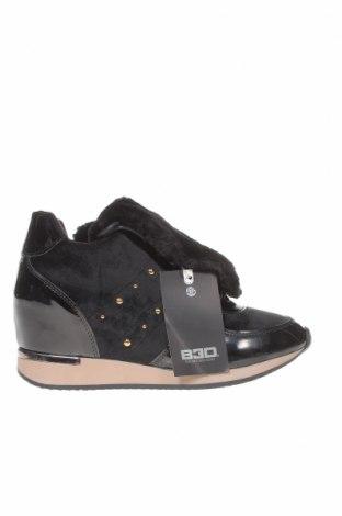 Дамски обувки, Размер 41, Цвят Черен, Текстил, еко кожа, Цена 47,32лв.