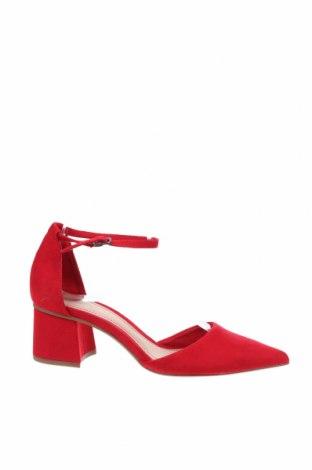 Дамски обувки Bershka, Размер 37, Цвят Червен, Текстил, Цена 30,75лв.