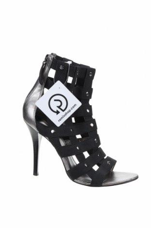 Дамски обувки Guess, Размер 39, Цвят Черен, Текстил, естествена кожа, Цена 73,50лв.
