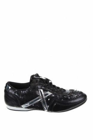 Дамски обувки Munich, Размер 39, Цвят Черен, Текстил, естествена кожа, еко кожа, Цена 45,87лв.