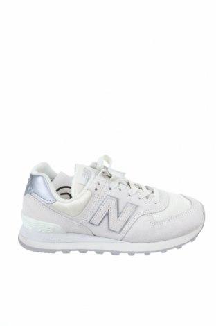 Дамски обувки New Balance, Размер 37, Цвят Екрю, Естествен велур, текстил, Цена 60,75лв.