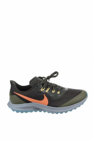 Мъжки обувки Nike, Размер 42, Цвят Зелен, Текстил, Цена 134,25лв.