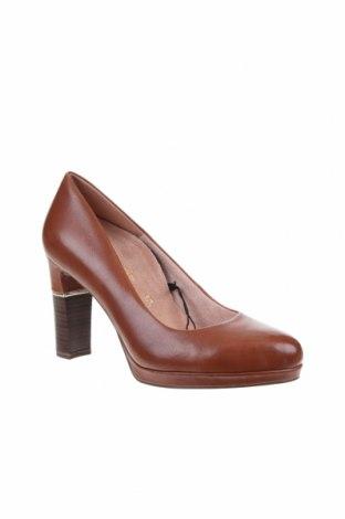 Дамски обувки Tamaris, Размер 41, Цвят Кафяв, Естествена кожа, Цена 43,20лв.