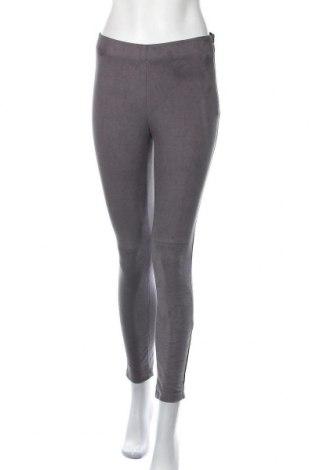 Дамски панталон Esprit, Размер M, Цвят Сив, 91% полиестер, 9% еластан, Цена 55,50лв.