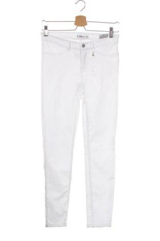 Дамски панталон Fb Sister, Размер XS, Цвят Бял, 74% вискоза, 22% полиамид, 4% еластан, Цена 27,30лв.