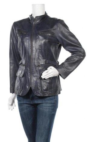 Дамско кожено яке B.C. Best Connections, Размер M, Цвят Син, Естествена кожа, Цена 84,11лв.
