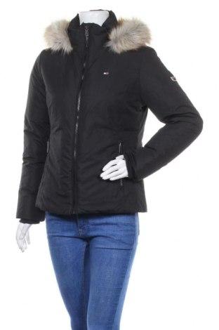 Γυναικείο μπουφάν Tommy Hilfiger, Μέγεθος M, Χρώμα Μαύρο, Πολυεστέρας, φτερά και πούπουλα, Τιμή 195,36€