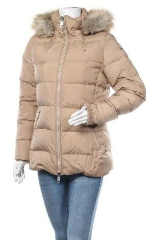 Γυναικείο μπουφάν Tommy Hilfiger, Μέγεθος M, Χρώμα  Μπέζ, Πολυεστέρας, φτερά και πούπουλα, Τιμή 200,52€