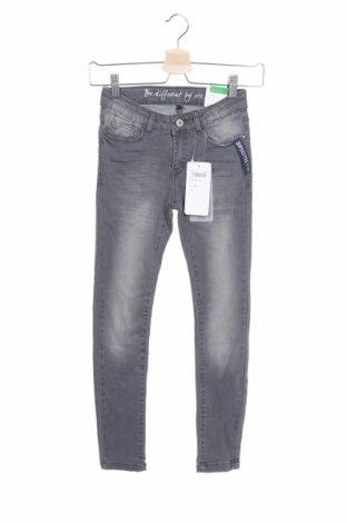Детски дънки Staccato, Размер 9-10y/ 140-146 см, Цвят Сив, 70% памук, 20% полиестер, 2% еластан, Цена 24,30лв.