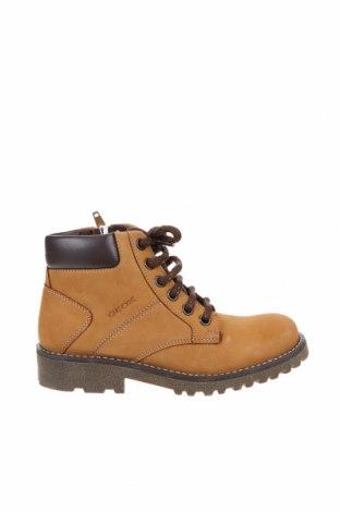 Детски обувки Geox, Размер 32, Цвят Бежов, Естествена кожа, Цена 134,25лв.