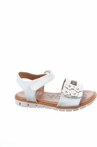 Детски сандали Chicco, Размер 23, Цвят Бял, Естествена кожа, Цена 37,95лв.