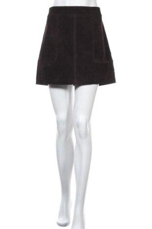 Кожена пола H&M, Размер M, Цвят Кафяв, Естествен велур, Цена 14,41лв.