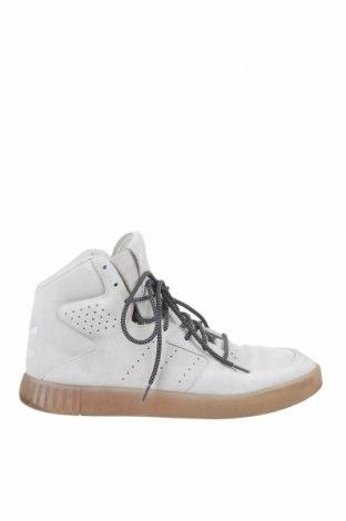 Мъжки обувки Adidas Originals, Размер 46, Цвят Бежов, Естествен велур, Цена 60,75лв.