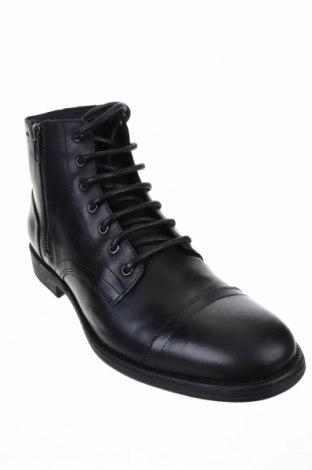 Мъжки обувки Geox, Размер 44, Цвят Черен, Естествена кожа, Цена 186,75лв.