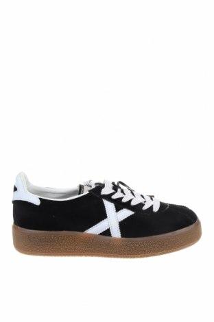 Мъжки обувки Munich, Размер 39, Цвят Черен, Текстил, естествена кожа, Цена 54,21лв.