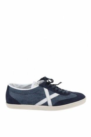 Мъжки обувки Munich, Размер 44, Цвят Син, Естествен велур, еко кожа, текстил, Цена 104,25лв.