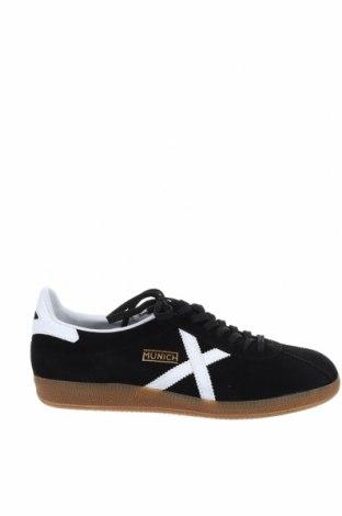 Мъжки обувки Munich, Размер 45, Цвят Черен, Естествен велур, естествена кожа, Цена 104,25лв.