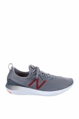Мъжки обувки New Balance, Размер 44, Цвят Сив, Текстил, Цена 126,75лв.