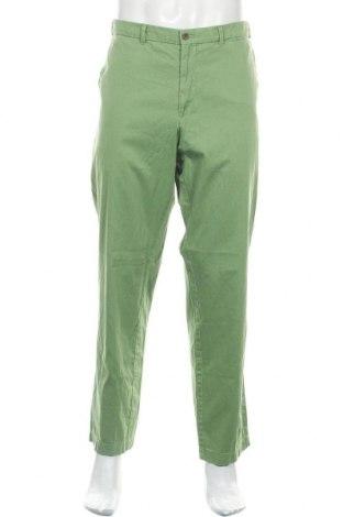 Мъжки панталон Bogner, Размер XL, Цвят Зелен, 97% памук, 3% еластан, Цена 72,00лв.