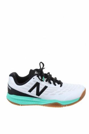 Обувки New Balance, Размер 39, Цвят Бял, Полиуретан, Цена 126,75лв.
