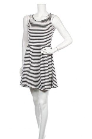 Рокля 17 & Co., Размер M, Цвят Бял, 95% памук, 5% еластан, Цена 7,35лв.
