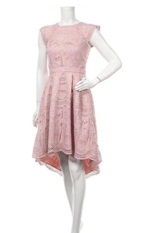 Рокля Chi Chi, Размер M, Цвят Розов, Полиестер, Цена 81,40лв.