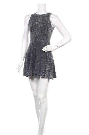 Φόρεμα H&M Divided, Μέγεθος S, Χρώμα Γκρί, 95% βαμβάκι, 5% ελαστάνη, Τιμή 14,36€