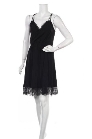 Рокля Selected Femme, Размер S, Цвят Черен, Вискоза, Цена 28,35лв.