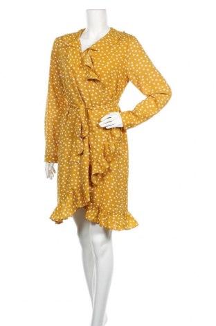 Рокля Selected Femme, Размер M, Цвят Жълт, Цена 26,46лв.