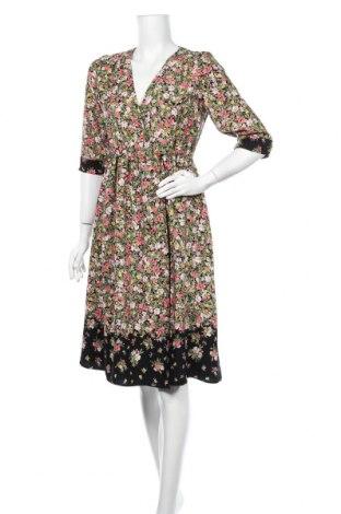 Рокля Zara, Размер M, Цвят Многоцветен, Полиестер, Цена 37,91лв.