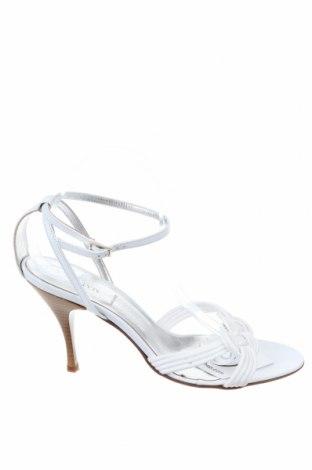 Сандали Marella, Размер 40, Цвят Бял, Текстил, естествена кожа, Цена 187,85лв.