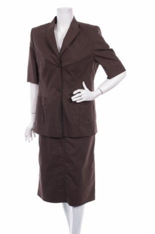 Дамски костюм Delmond