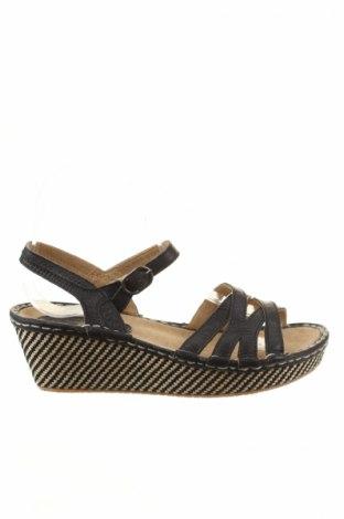 Sandály  Tbs