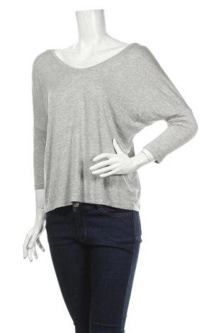 Дамска блуза Yes Or No, Размер S, Цвят Сив, 95% вискоза, 5% еластан, Цена 4,50лв.