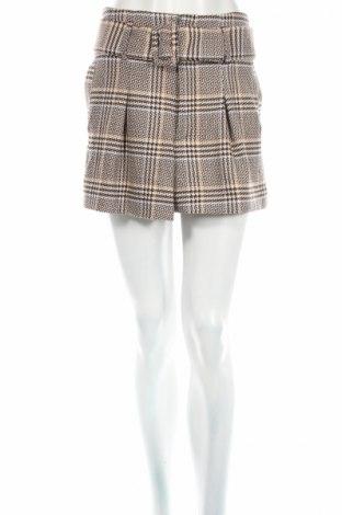 Дамски къс панталон Zara Trafaluc, Размер M, Цвят Многоцветен, 65% полиестер, 32% вискоза, 3% еластан, Цена 14,70лв.