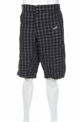 Pantaloni scurți de bărbați, Mărime XXL, Culoare Negru, 90% poliamidă, 10% poliester, Preț 25,20 Lei