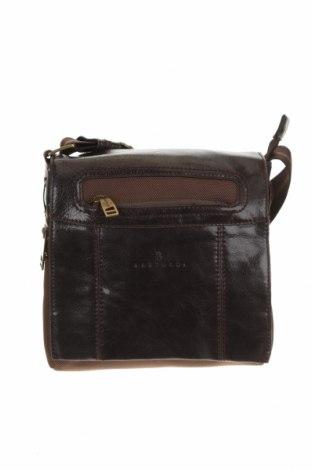 Чанта Bartuggi, Цвят Кафяв, Естествена кожа, текстил, Цена 67,20лв.