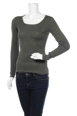 Дамска блуза H&M L.O.G.G., Размер XS, Цвят Зелен, 97% памук, 3% еластан, Цена 13,44лв.